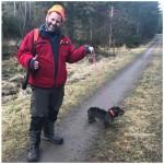 Ole Ivar med Mia,rosa band bringer kansje lykke ..